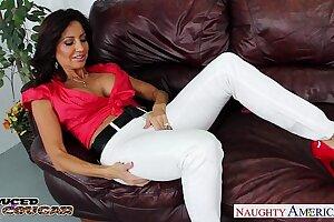 Lustful brunette cougar Tara Holiday fucking