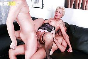 AMATEUR EURO - Naughty Italian Granny Lisa Shadow Takes Deep Fuck In MMF Sex