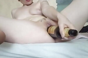 GERMAN EXTREME MILF Claudia FUCKS HUGE WINE BOTTLE WITH PUSSY